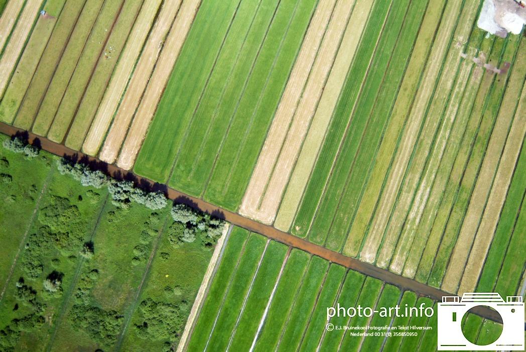 Loosdrecht akker land en wei vanuit de lucht Loosdrecht cropland and pasture from the air 20062005
