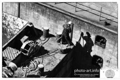 Nieuwegein Prinses Beatrixsluis Duwboot Dalton meert af in de sluis met bak tros aan bolder door matroosNieuwegein Princess Beatrix lock Pusher Dalton moors in the lock with baking spray to bolder by sailor =E.J.Bruinekool Fotografie Hilversum  Copyright naamsvermelding verplicht E.J.Bruinekool Fotografie en Tekst Hilversum Copyright company name mandatory